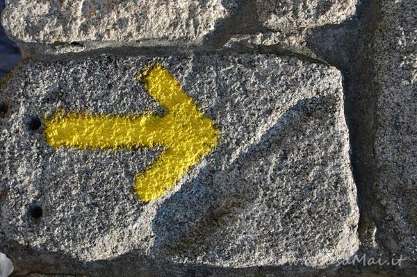 Freccia gialla del Cammino di Santiago
