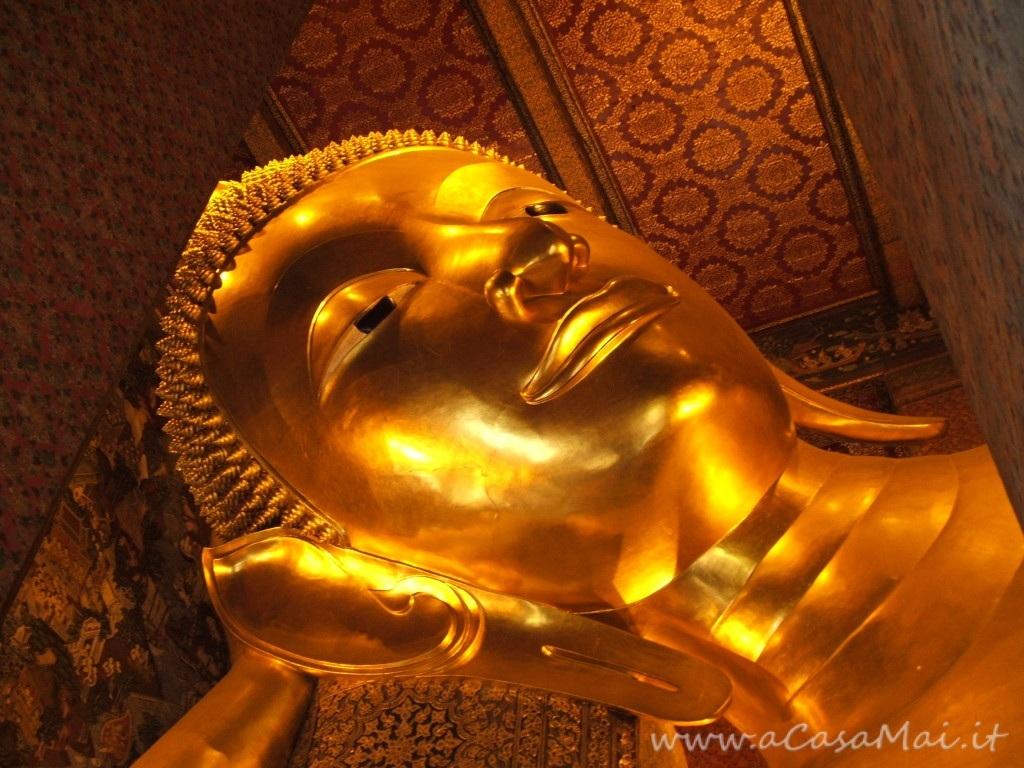 Un tempio enorme a Bangkok: il Wat Pho