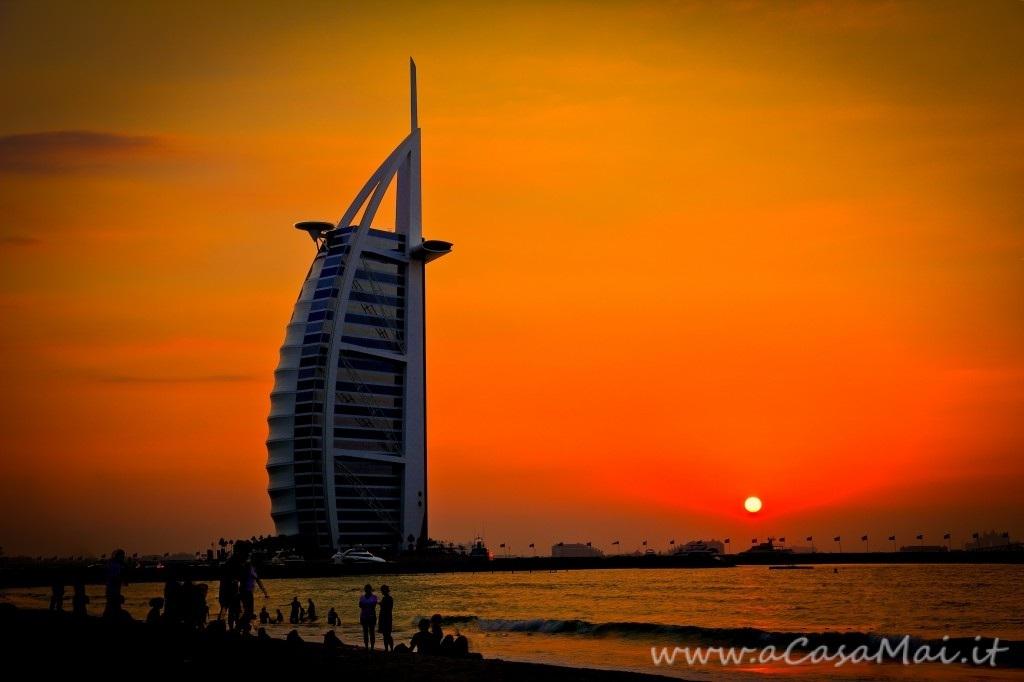L'albergo a sette stelle: Burj Al Arab di Dubai