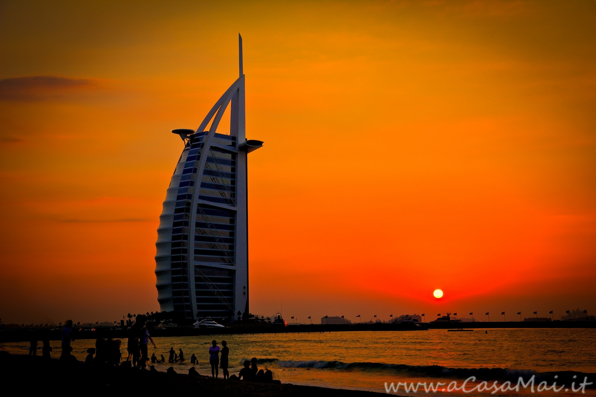 Burj Al Arab al tramonto