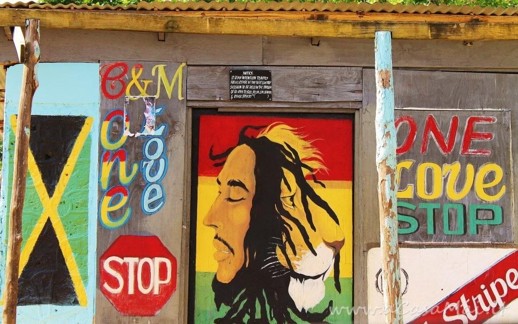 Jamaica: Bob Marley Mausoleum a Nine Miles