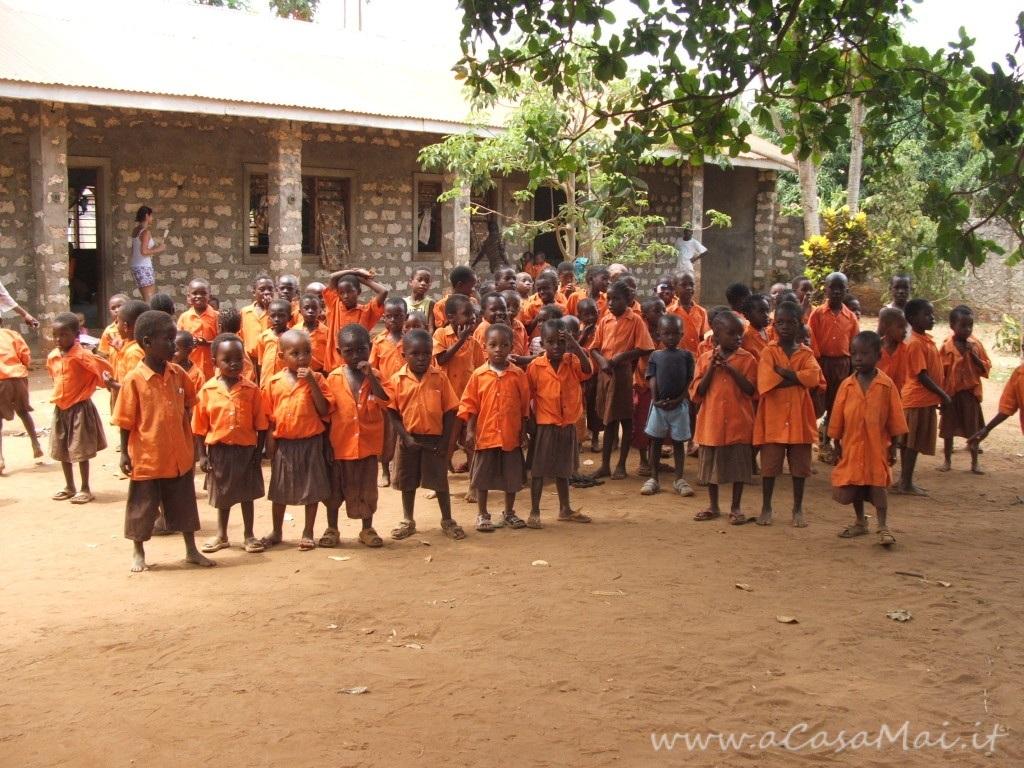 Kenya: tour di Malindi ed incontro con i bimbi