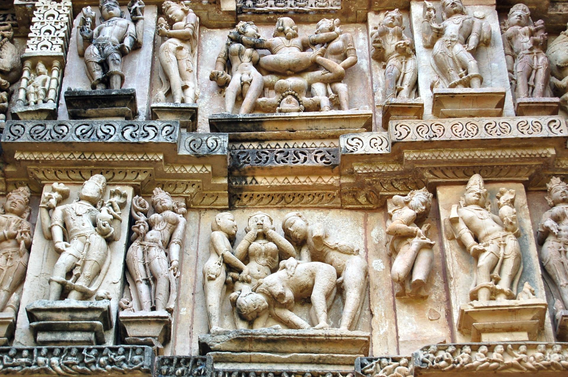 Sculture erotiche, templi di Khajuraho
