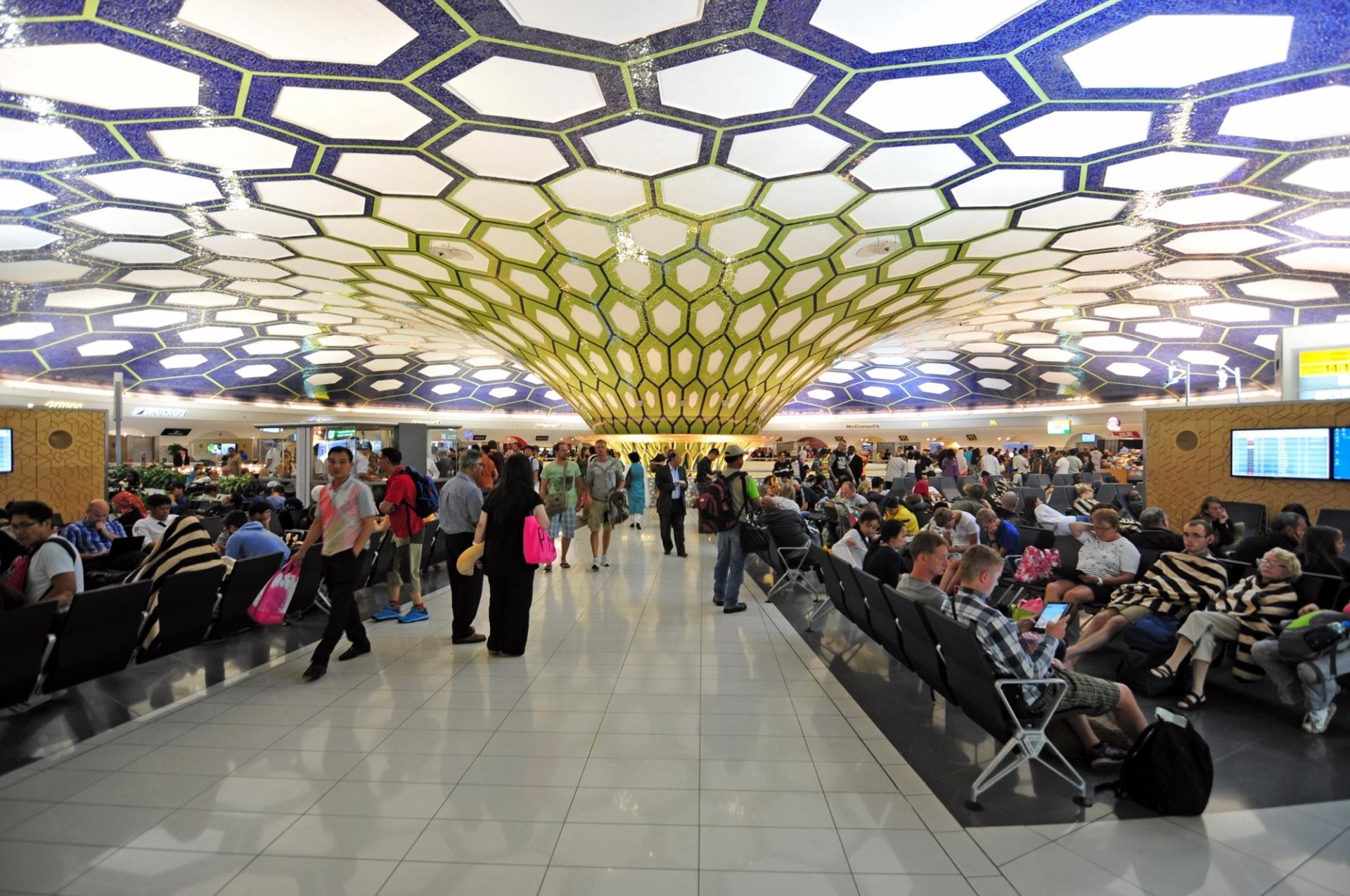 Aeroporto di Abu Dhabi 1, Emirati Arabi Uniti