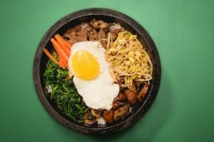 Se visitate Seoul dove provare il cibo coreano e fra tutti il bibimbap