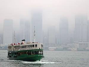 Lo Star Ferry è un mezzo di trasporto a basso costo nella città di Hong Kong