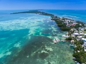 vacanze ad aprile Caye Caulker Belize Barrier Reef aerial