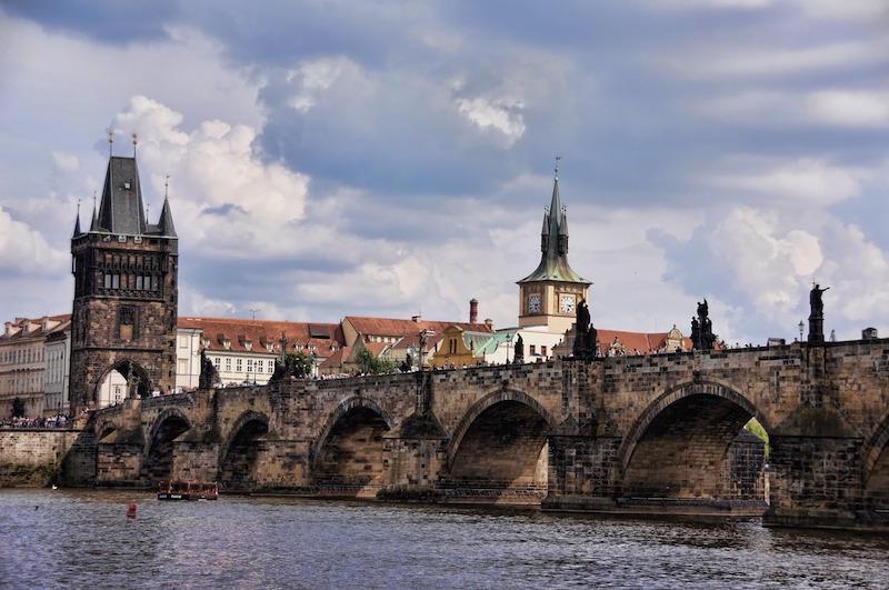 Il Ponte Carlo di Praga di giorno