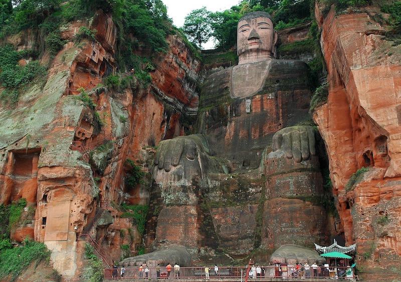 Visitare la Cina sulle orme del grande Buddha Leshan