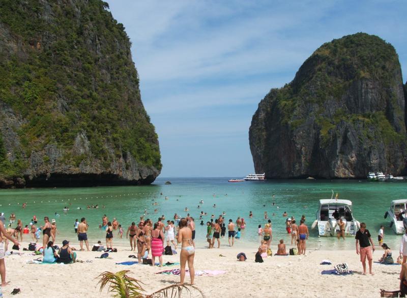 Turisti Phi Phi Island