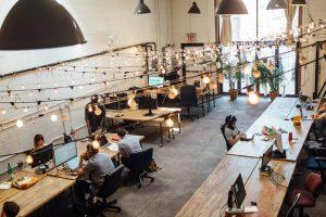 Lavorare nelle professioni digitali viaggiando