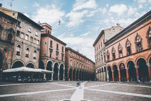 Cosa visitare a Bologna: Piazza Santo Stefano