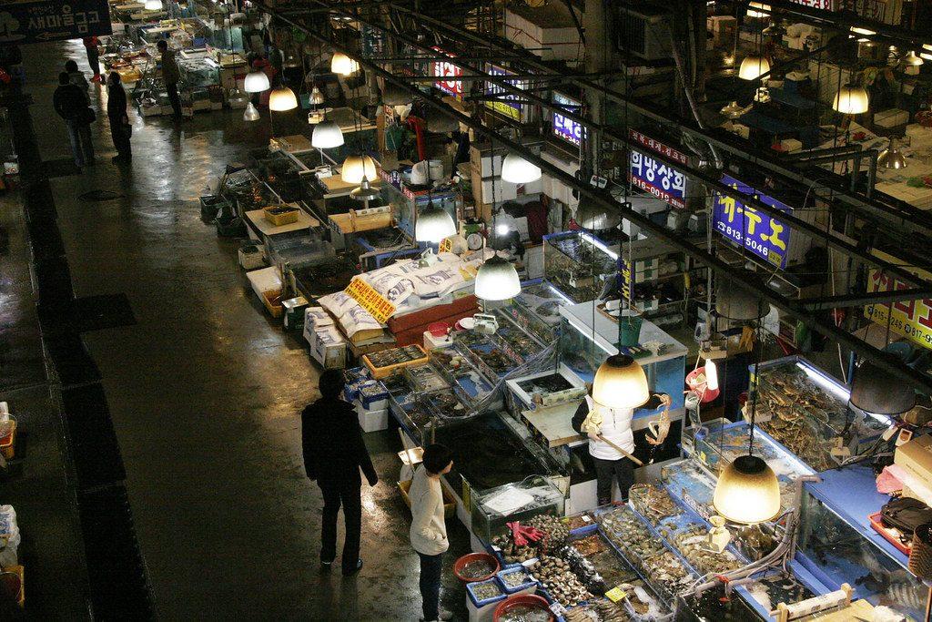Il mercato Noryangjin a Seoul