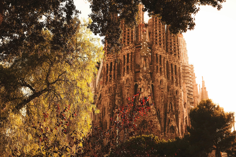 La Sagrada Familia è uno dei monumenti più interessanti pianificando un viaggio a Barcellona