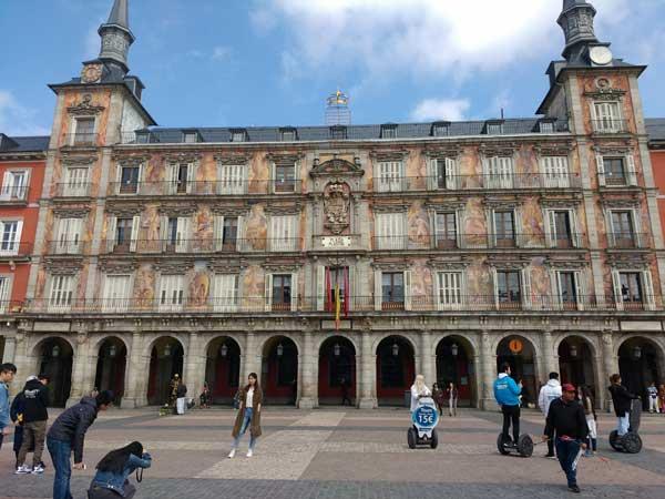 Viaggiare A Madrid Plaza Mayor